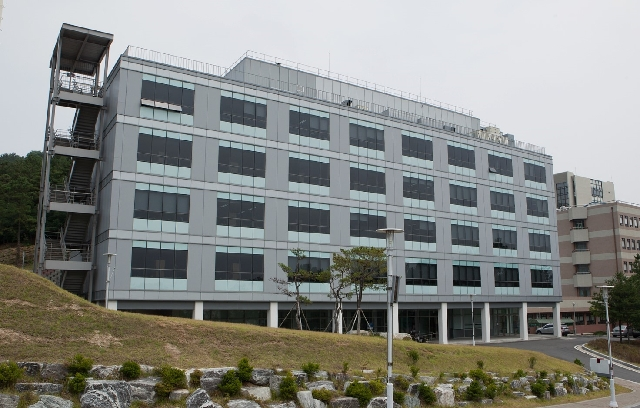 Korea Research Institute of Bi...